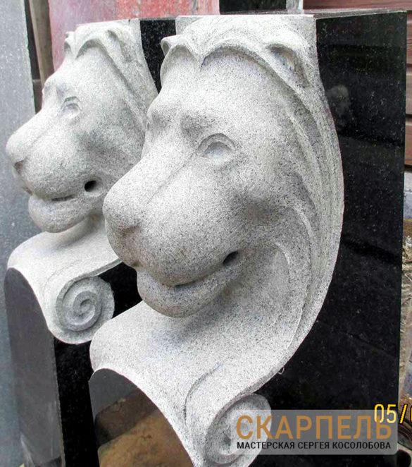 Эксклюзивный памятник со львами из гранита